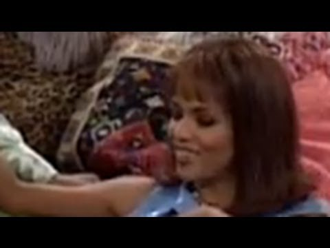 MAD T.V. Season 3 12 Funky Walker Dirty Talker With Halle Berry 1997