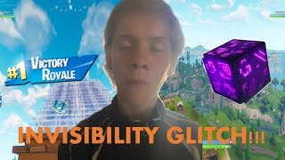 CRAZY INVISIBILITY GLITCH TROLLING!! (HE CALLED ME THE FORTNITE HEROBRINE)