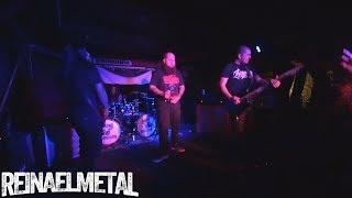 Evil Entourage - Towards Exile (en vivo) - Caradura