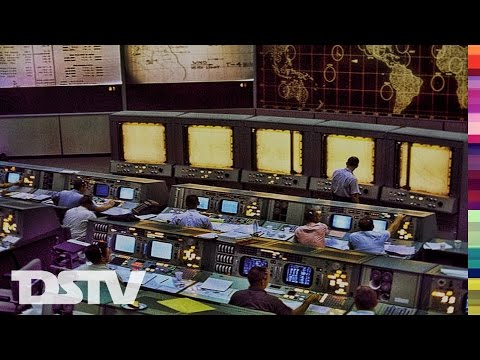 MISSION CONTROL DURING APOLLO 11 SPACECRAFT RECOVERY - LIVE FOOTAGE AS IT IS HAPENING