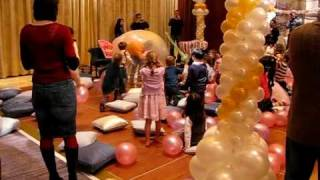 giant-balloon-at-birthday-party-bigbenthefunnyman
