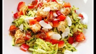 FRESH SIMPLE RAW FOOD DINNER REALLY FAST!!! NO EQUIPMENT NEEDED!! | dara dubinet(Just need a peeler! fettucini squash pasta, tomatos, onions, horseradish, olive oil. Thank you, Dara Dubinet KeepingItRawKeepingItReal., 2011-07-04T02:53:26.000Z)