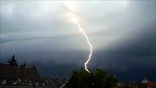 2014.06.09 - Germany / NRW - Unwetter über Mönchengladbach am Pfingstmontag