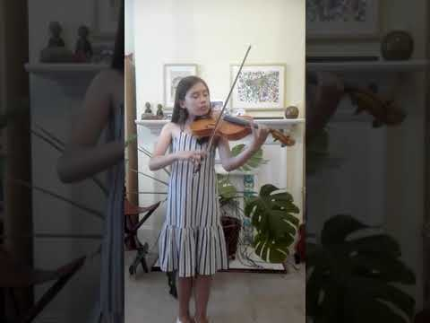 Anne-Mei with her Benslow Music ILS Viola
