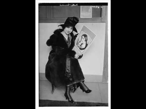 Amelita Galli-Curci - The Barber Of Seville : Una Voce Poco Fa (Rossini) Electrical Recording