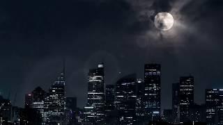 夜中コンビニに行こうと外に出たら でっかい月が光ってて 気が付いたら...