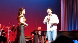 Random audience guy surprises ORIGINAL Jasmine - A WHOLE NEW WORLD thumbnail