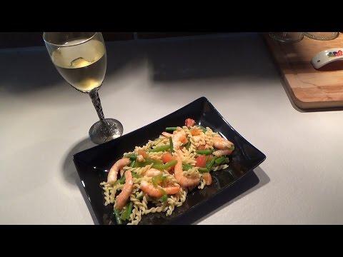 Китайский салат с осьминожкамииз YouTube · С высокой четкостью · Длительность: 1 мин21 с  · Просмотров: 111 · отправлено: 11.02.2014 · кем отправлено: Oleksandr Yashchykov