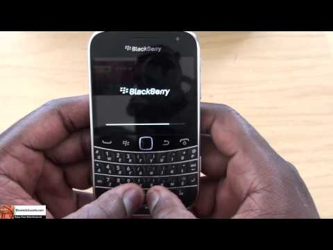 Verizon BlackBerry Bold 9930 Unboxing & Hardware Tour| Booredatwork