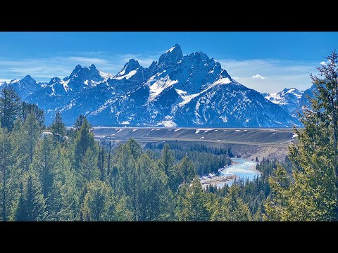 Mind Blowing Scenery: Jackson Hole & Grand Tetons in Wyoming