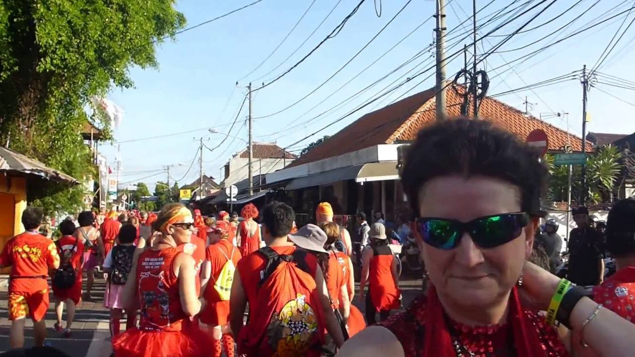 Red dress hash 2016