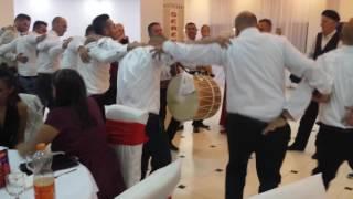 Grupi muzikor me tupana e surl ''Gollaku