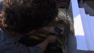 سقوط تمثال ذهبي لنتنياهو وسط تل أبيب