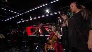 Clean Bandit - New Rules/Thong Song lyrics (Dua Lipa/Sisqo Mash Up) BBC Radio 1 Live Lounge 2017