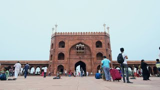 Timelapse of jama masjid's entrance gate in Delhi, India