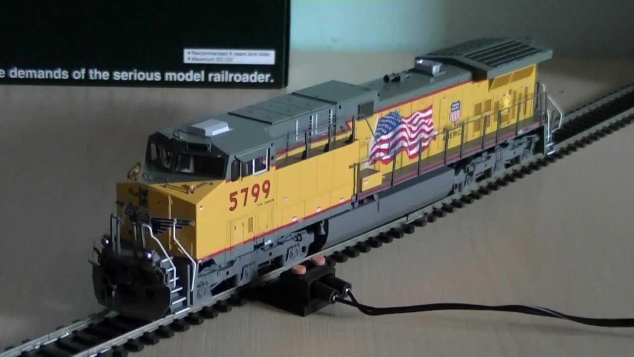 Kato Union Pacific GE AC4400CW (AC4400) Diesel Locomotive (HO Scale) Review  HD