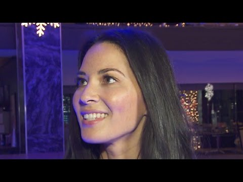 EXCLUSIVE: Olivia Munn Gives Behind-the-Scenes Tour of 'Office Christmas Party'