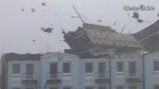 Orkanböen reißen Dächer ab - Schwerer Sturm auf Norderney