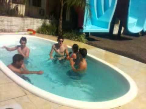Piscinas igui o ataque 2011 pt 1 youtube for Piscina 100 metros portugal