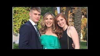 """Giorgio e Chiara Capitta festeggiano i 18 anni, mamma Lorella Cuccarini: """"Non smettete mai di sogna"""
