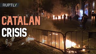 Fire & Bullets: Pro-independence Catalans clash with police in Barcelona