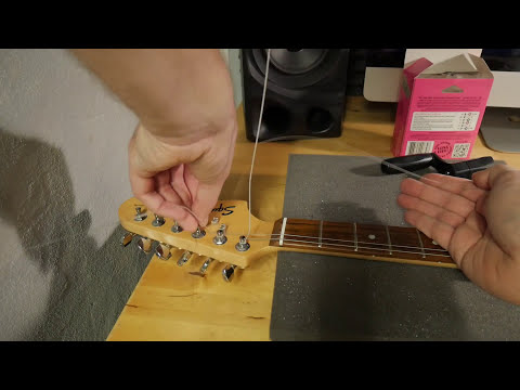 how-to-change-electric-guitar-strings