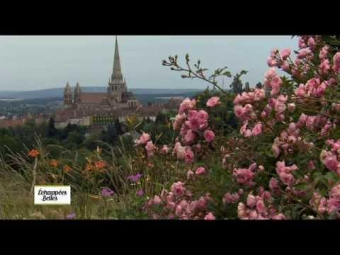 Bourgogne,  des châteaux aux vignobles - Echappées belles