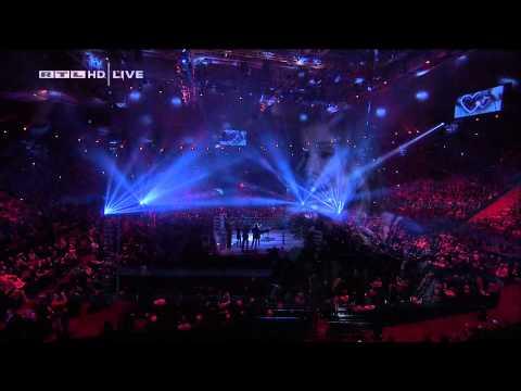 Christina Perri - Jar of Hearts - live @ Olympiahalle München 2012 HD