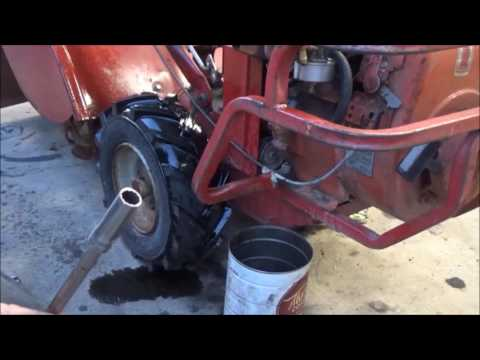 Clean gas tank and change oil on Troybilt Horse part 2