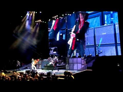 Aerosmith-Movin' Out (Live)