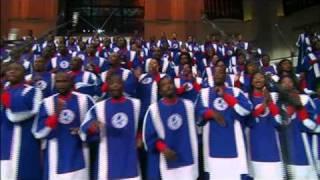 The Mississippi Mass Choir I Love To Praise Him.mp3
