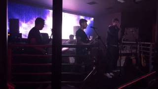 Fire on the Skyline - Arabella Cover Live @ Evoke