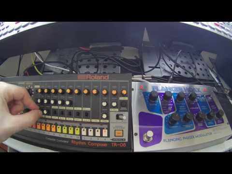 Roland TR08 & EHX Flanger Hoax