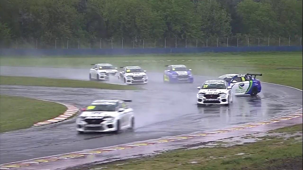 Resumen de la carrera del sábado de la Fiat Competizione en Buenos Aires