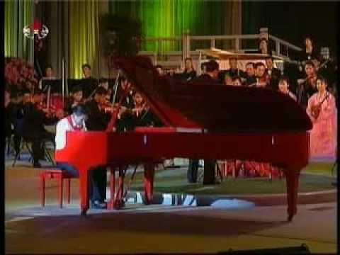 天才: 13岁北朝鲜男孩弹奏 钢琴协奏曲《黄河》