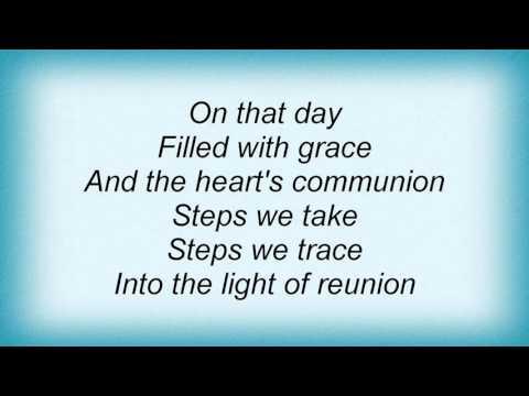 17016 Patti Smith - Paths That Cross Lyrics