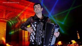 Попурри на песни Джо Дассена (инструментальная версия, баян) Joe Dassin songs on the accordion(Попурри из трех знаменитых песен Джо Дассена (Joe Dassin): 0:00 Така така (Taka Takata) , 1:06 Цветок в зубах (La Fleur Aux Dents),..., 2014-04-24T11:09:44.000Z)
