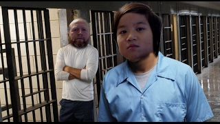 It's tough in here | Roblox Prison Life
