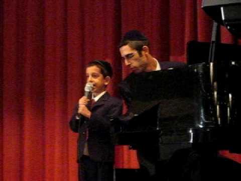 Moshe Dov and Ari Goldwag sing V'zakeini L'gadel