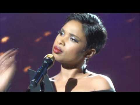 Jennifer Hudson - Hallelujah (Tribeca Film Festival Opening Night 4-19-17)