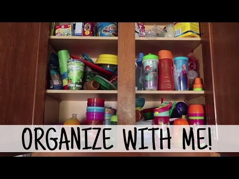 ORGANIZE WITH ME: Kids Kitchen Cabinet