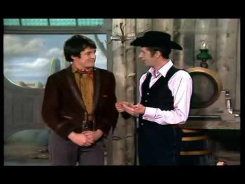 Rudi Carrell & Henry Darrow Manolito Montoya  Im WesternSaloon 1970