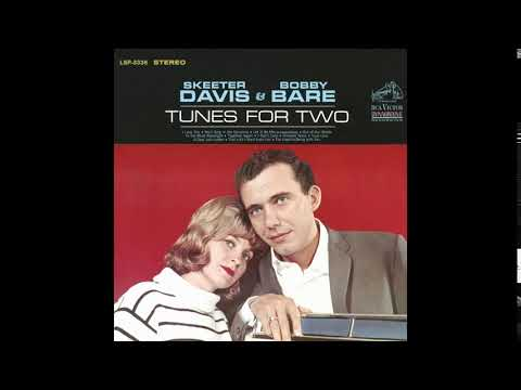 Out Of Our Minds - Skeeter Davis & Bobby Bare