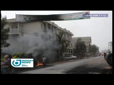 STV MIDDAY NEWS 01:00 PM - (BANNER ANNOUNCING the CONGRESS of the SDF DESTROYED by MYSTERIOUS FIRE)