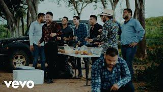 Смотреть клип Banda Carnaval - A La Sombra Del Árbol