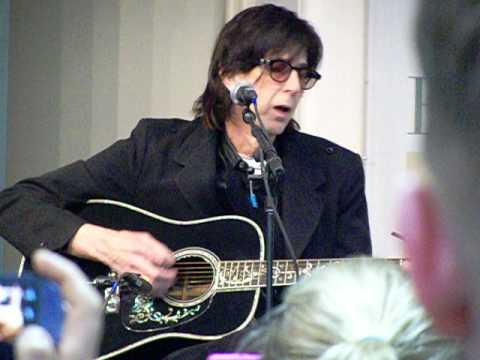 "Rick Ocasek The Cars sings acoustic ""Drive"" at Barnes & Noble NYC 12-13-2012"