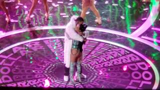 "BECKY G & MYKE ""TOWERS DOLLAR LETRA"" @ 2019 LATIN AMERICAN MUSIC AWARDS PT.26/28"