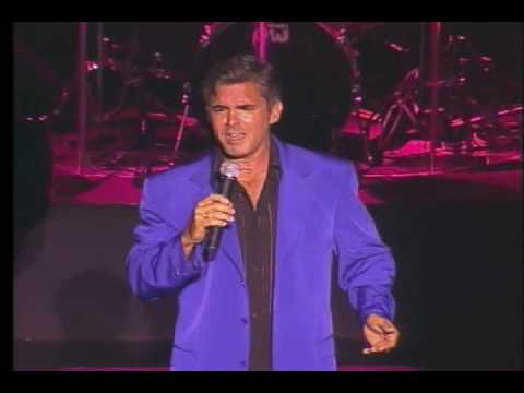 Peter Fernandez sings: Sabor a Mi