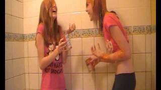 2 Girls 1 Tin Of Soup