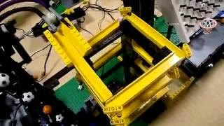 Impresionante máquina de LEGO